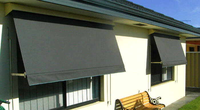 Motorised And Automatic Lock Arm Awnings Son Ray